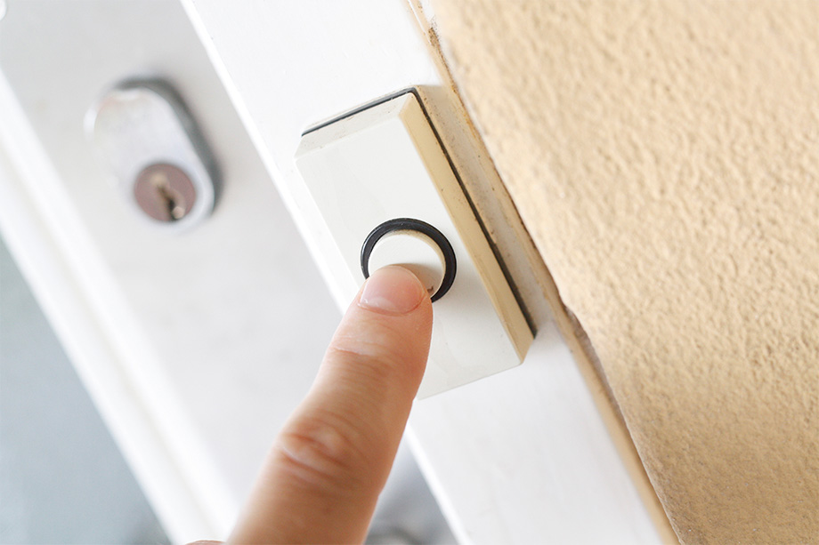 Children's Hospital warns residents of door-to-door scam