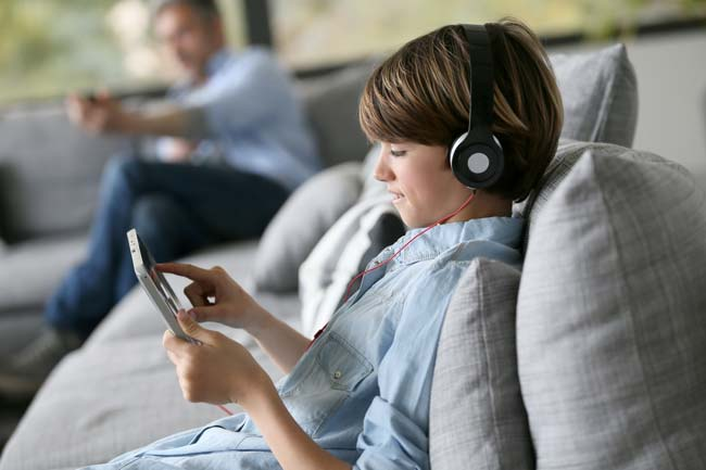 Headphones & your child's hearing