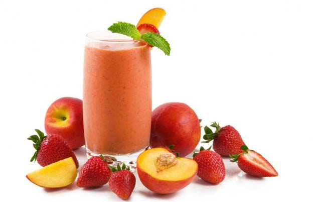 Healthy Recipe: Strawberry Peach Smoothie
