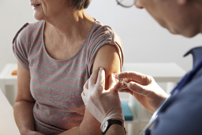 Pneumonia & seniors: Why the vaccine is so important